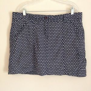 Lands' End Black and White Daisy Athletic Skort